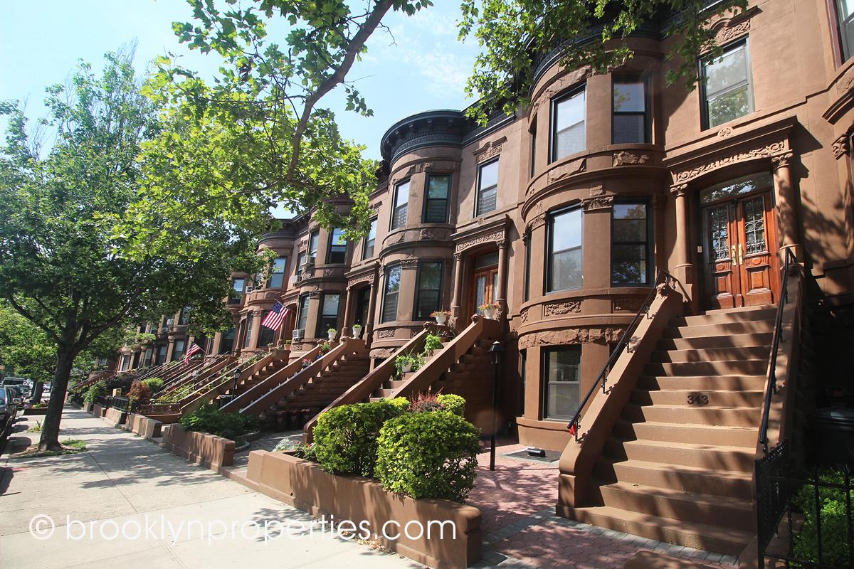 Ilene Levenson, Real Estate Agent at Brooklyn Properties